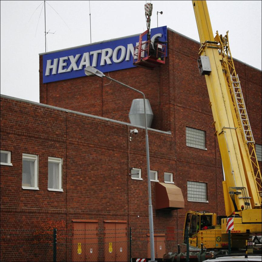 Fasadskylt Hexatronic