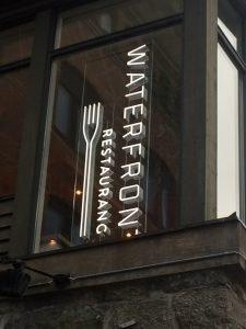 waterfront lpflex restaurangskylt